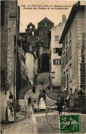 LE PUY EN VELAY MONTEES DES TABLES ET LA CATHEDRALE ,BELLE ANIMATION REF 59046A - Le Puy En Velay
