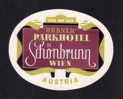 Etiquette HOTEL SCHONBRUNN à Vienne En Autriche.   Luggage Label. - Hotel Labels