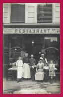 Carte Photo Commerce - Probablement Paris - Vitrine D'un Restaurant - Famille De Bristrotiers - Restaurants