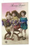 Bonne Année. Photographie. Deux Petites Filles Et Poupée. 1926.DEDE Paris 1189 - Nouvel An