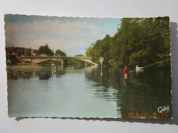 CP 37 SAINT AVERTIN  - Le Cher Baignade  Et Le Pont , Pêcheur à La Ligne - Saint-Avertin