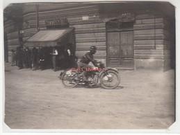MOTO MOTORCYCLE RACE - GRAN PREMIO D'ITALIA 1927? TRIBUNA DELLE AUTORITA' - FOTOCARTOLINA ORIGINALE - Photos