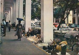 Kongo - Brazzaville - Arcaden - Street View - Cars - VW - VW Bus - Renault Floride - Brazzaville