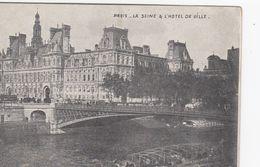 Cp , 75 , PARIS , La Seine & L'Hôtel De Ville - The River Seine And Its Banks