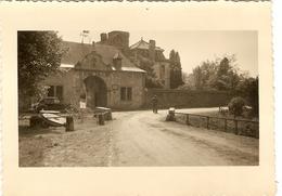 BELGIQUE  -- ( ASTENET ) Ancien Château De Thor ( Photo: Format 12 X 8.5 ) - Lieux