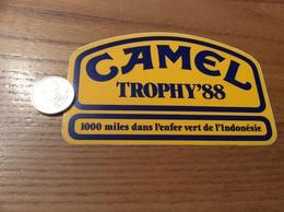 Grand AUTOCOLLANT, Sticker «CAMEL TROPHY' 88 - 1000 Miles Dans L'enfer Vert De L'indonesie» - Stickers