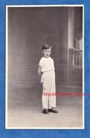 CPA Photo - GISORS - Beau Portrait D'un Petit Garçon - Photographe F. Bignon - Pose Enfant Mode Costume - Portraits