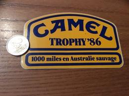 Grand AUTOCOLLANT, Sticker «CAMEL TROPHY' 86 - 1000 Miles En Australie Sauvage» - Stickers