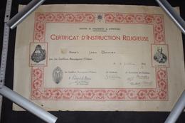 Certificat Du Diocèse De Coutances Et Avranches France 1942 50cm X 32.5cm - Diploma & School Reports
