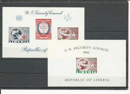 LIBERIA Scott C131, C131A Yvert BF18, BF19 (2blocs Non Perf) ** Marque Sur Coin Sup Gauche Du BF19 Voir SCAN 1961 - Liberia