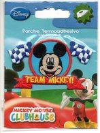 Team Mickey Disney Iron Patch Motif à Repasser Motief Om Te Strijken Stickerei Zum  Bugeln - Loisirs Créatifs