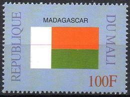 MALI 1999 - 1v - MNH** - Flag Of Madagascar Flags Drapeaux Fahnen Bandiere Banderas флаги - Timbres