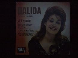 Dalida: Je L'attends-Que Sont Devenues Les Fleurs/ 45T Barclay 70 471, Languette - Vinyl Records