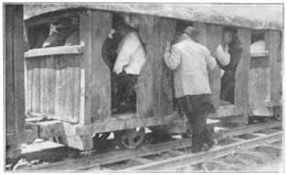 MARSEILLE Inauguration Du Canal Au Rhône Train Ouvrier Au Premier Plan Marcel Sembat Ministre Des Travaux Publics  1916 - Old Paper
