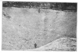 WW1 14-18 Un Entonnoir Provoqué Par Une Mine  1916 - 1914-18