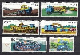 DDR 1977 + 1987, Landwirtschaft Bauern Farming Traktor Tractor Tracteur **, MNH - Landwirtschaft