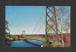 GRAND'MÈRE - QUÉBEC - PONT SUSPENDU - SUSPENDED BRIDGE - PAR CARLE'S - Quebec