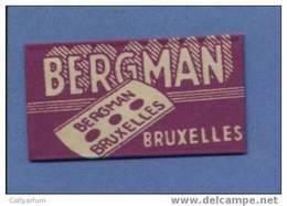 Une Lame De Rasoir BERGMAN / BRUXELLES  (L120) - Scheermesjes