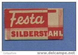 Une Lame De Rasoir FESTA  /  SILBERSTAHL  (L126) - Lames De Rasoir