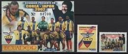 Ecuador (2002) Yv. 1671/72 + Bf. 119  /  Soccer - Futbol - Calcio - Football - FIFA World Cup Korea / Japan - Wereldkampioenschap