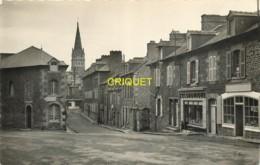 35 Bécherel, Faubourg Berthauld, Magasin L'Economique....., Cliché Pas Courant - Bécherel