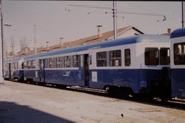 Photo Diapo Diapositive Slide Train Wagon Remorque Autorail SNCF De 2ème Classe à Dijon Le 13/02/1998 VOIR ZOOM - Diapositives