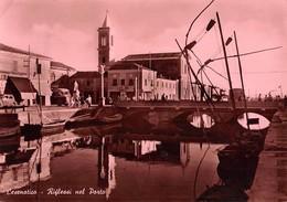 """07684 """"CESENATICO (RN) - RIFLESSI NEL PORTO"""" ANIMATA, AUTO E CORRIERA ANNI '50. CART. ORIG. SPED. '951 - Italia"""