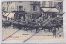 Vic-sur-Cère (15) Bénédiction D'une Vacherie Avant Son Départ Pour La Montagne - France