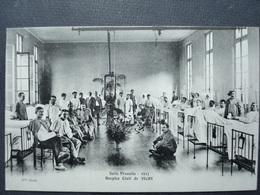 03 ,vichy ,militaria ,hospice Civil ,salle Prunelle En 1917..circulée Non Timbrée....rare - Vichy