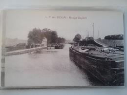 DOUAI            (PENICHE ARKEN SCHIFFE VAART) - Houseboats