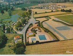GRACAY (18). Camping, Piscine Et Stade. Arch: M. F. Gauchery. Vue Aérienne (Hotels & Restaurants) - Graçay