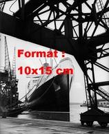 Reproduction D'une Photographie Ancienne Du SS. Queen Mary Sur Les Docks à Southampton En 1937 - Reproductions