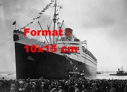 Reproduction D'une Photographie Ancienne Du SS. Queen Mary Sur Les Docks à Southampton En 1936 - Reproductions