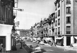 Sens - Avenue Lucien Cornet - Automobile - Pompe à Essence - Sens