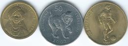 Somalia - 25 Shillings - 2001 - Football (KM103); 2002 - 50 Shillings - Mandrill (KM111) & 100 Shillings - Sheba (KM112) - Somalia
