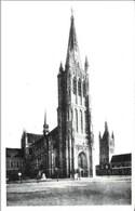 YPRES-IEPER - Cathédrale St-Martin Et Beffroi - N'a Pas Circulé - Ieper