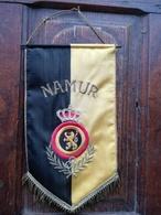 Rare Fanion Du Commandement Militaire De La Province De Namur - Drapeaux