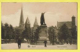 * Gent - Gand (Oost Vlaanderen) * (Ed Nels, Série Gand, Nr 14) Place Du Vendredi, Vrijdagmarkt, Statue, Animée, église - Gent