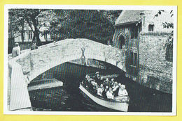 * Brugge - Bruges (West Vlaanderen) * (Uitgave Mess Driekroezen) Sint Bonifaciusbrug, Pont St Boniface, Bateau, Boat - Brugge
