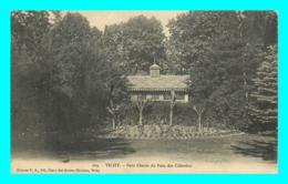 A725 / 375 03 - VICHY Petit Chalet Du Parc Des Celestins - Vichy