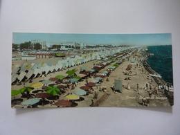 """Cartolina Viaggiata  Piccola Oblunga """"RIMINI La Grande Spiaggia"""" 1958 - Rimini"""