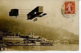 667. CPA PHOTO NICE ? AVION AEROPLANE DEVANT LA VILLE VUE DE LA MER 1910 CACHET NICE - ....-1914: Precursores