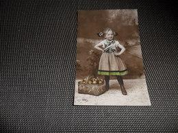 Enfant ( 2373 )  Kind   Fillette - Enfants