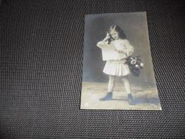 Enfant ( 2393 )  Kind   Fillette - Enfants