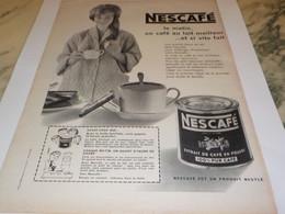ANCIENNE  PUBLICITE LE MATIN UN CAFE DE NESCAFE  1960 - Affiches