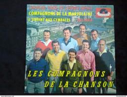 Les Compagnons De La Chanson: Cheveux Fous Et Lèvres Roses/ 45T Polydor 21 880, Languette - Vinyl Records