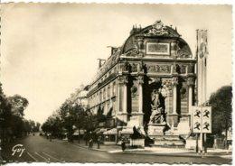 CPSM - PARIS -  FONTAINE SAINT-MICHEL - France