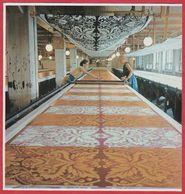 Usine Textile Marimekko Dans La Banlieue D'Helsinki. Finlande. Encyclopédie De 1970. - Vieux Papiers