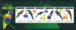 Bloc Sheet Oiseaux Perroquets Birds Parrots Macaws Neuf  MNH **  Tuvalu 2011 - Perroquets & Tropicaux