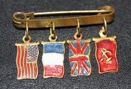 """WW2 Rare Broche Libération WW2 """"Drapeaux Des Alliés US, France, Anglais Et URSS"""" WWII - 1939-45"""